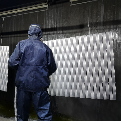 aluminum expanded metal painting